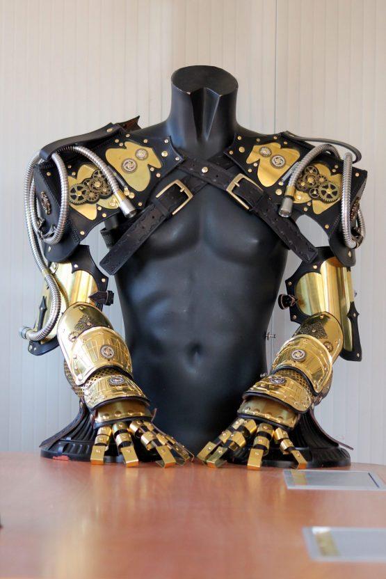 Steampunk Victorian armors arm